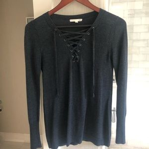 ROI lightweight sweater. Blue/gray size S